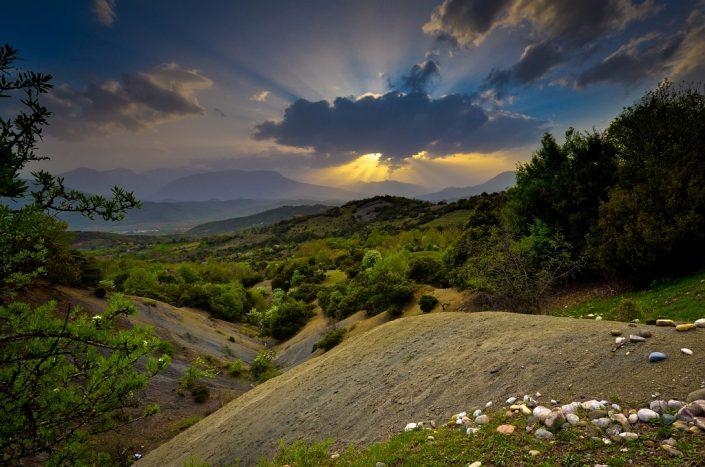 Meteora rays of light